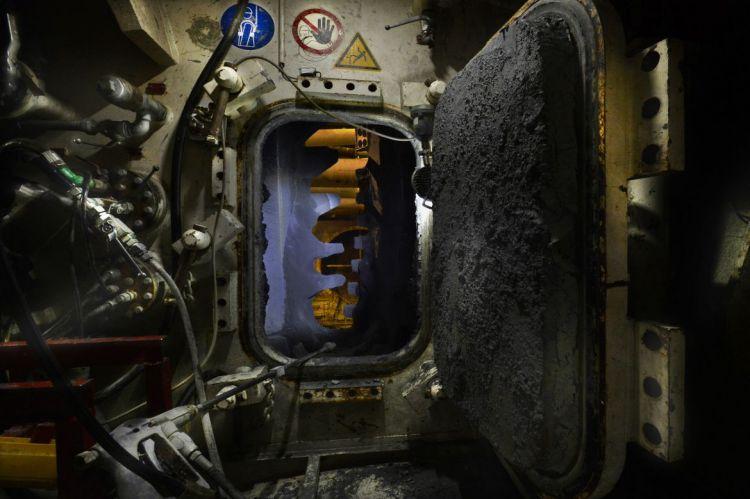 Sas de décompression permettant d'accéder à la roue de coupe - © Jean-Louis Aubert - <small>23/10/2015</small>