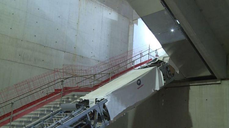 Station Gares - Septembre 2018 - Installation des escaliers mécaniques