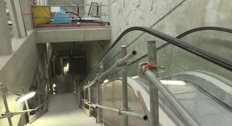 Station Jules Ferry - Avril 2019 - Installation des escaliers mécaniques