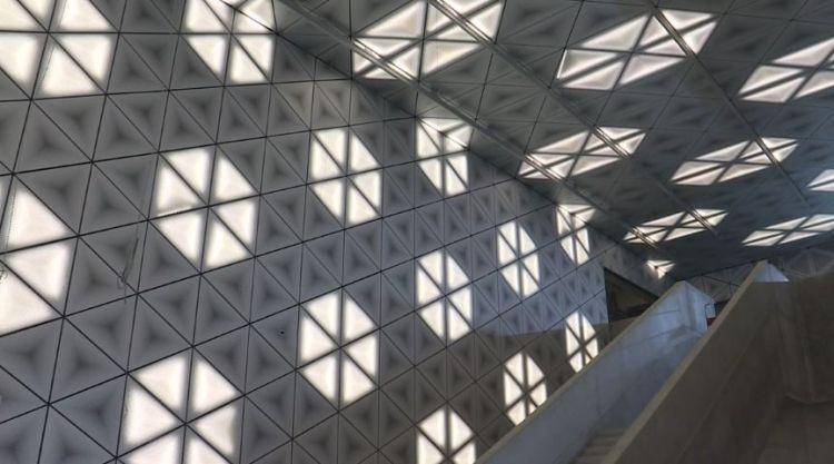 Station Saint-Germain - Juillet 2019 - Eclairage des plafonds et parois