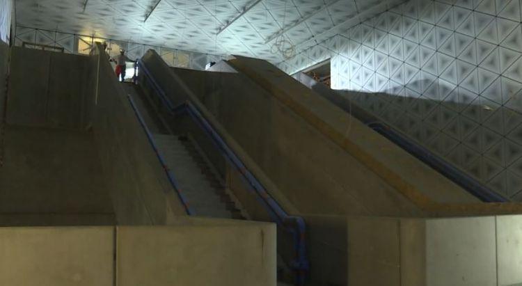 Station Saint-Germain - Octobre 2019 - Pose des portes palières